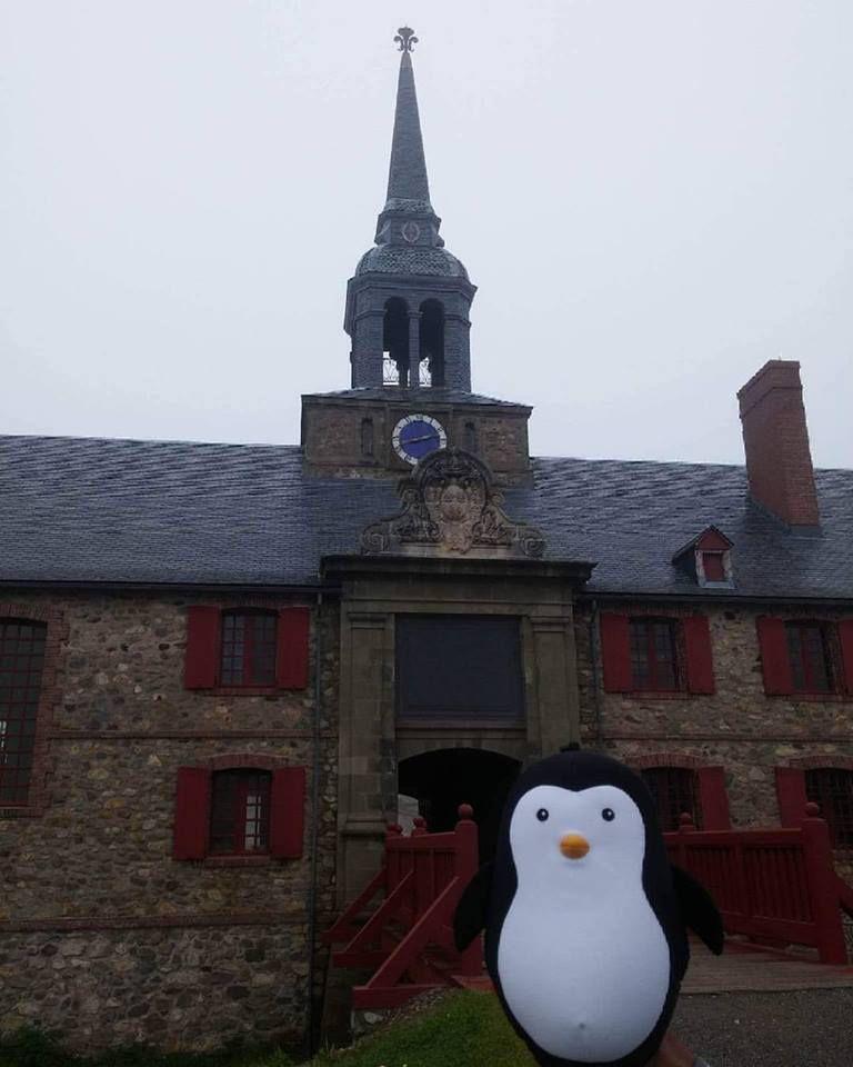 Le Pingouin à la Forteresse de Louisbourg !!