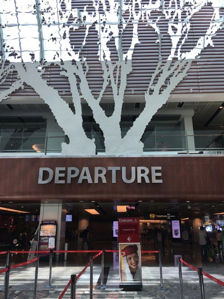600 personnes transportées, quelle performance ! Après la visite d'AIRBUS à Toulouse en mai dernier, nous voici à bord du superbe  A 380 pour 8 heures de vol !