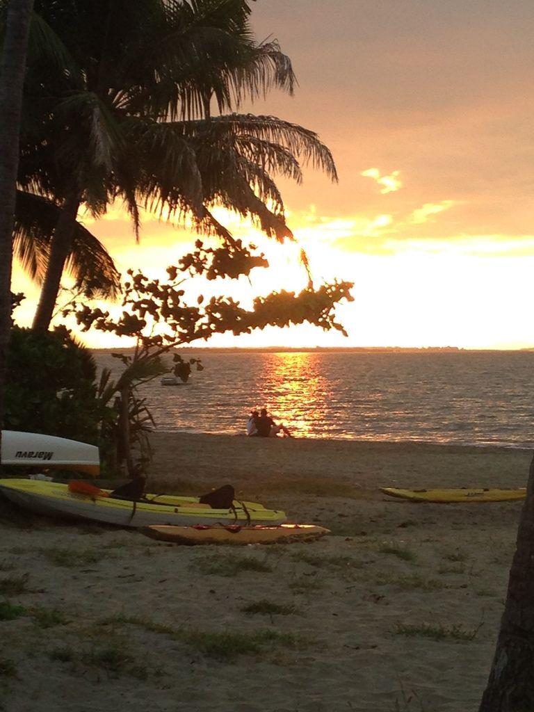 dès le 1er soir, un beau coucher de soleil (SUNSET)