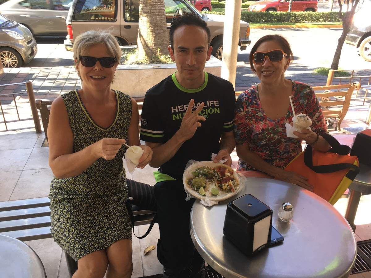 Que de bons moments ensemble chez Michelle, à la maison ou dehors à manger des glaces, des tacos et au club de sport.