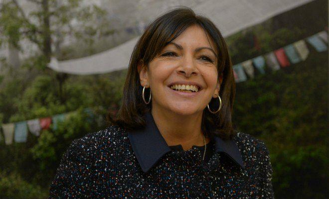 Migrants: Hidalgo, fossoyeuse de Paris