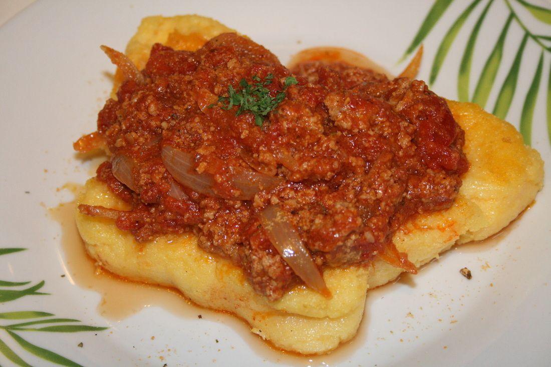 Polenta à la sauce bolognaise