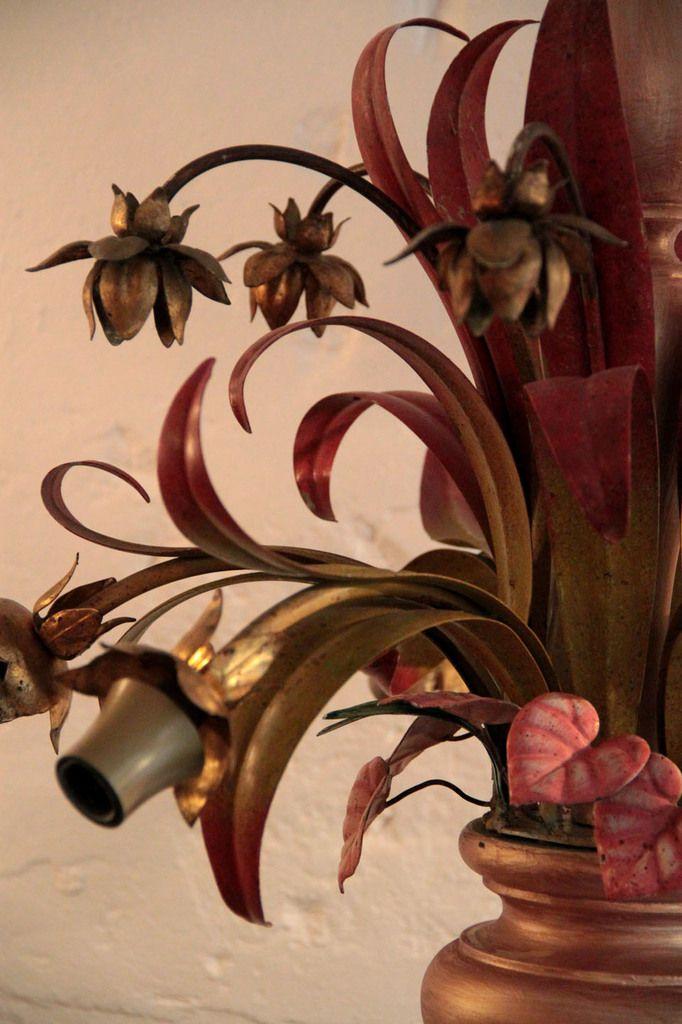 Lustre ancien, suspension vintage métal doré, feuillage métal peint et bois doré (vendu)