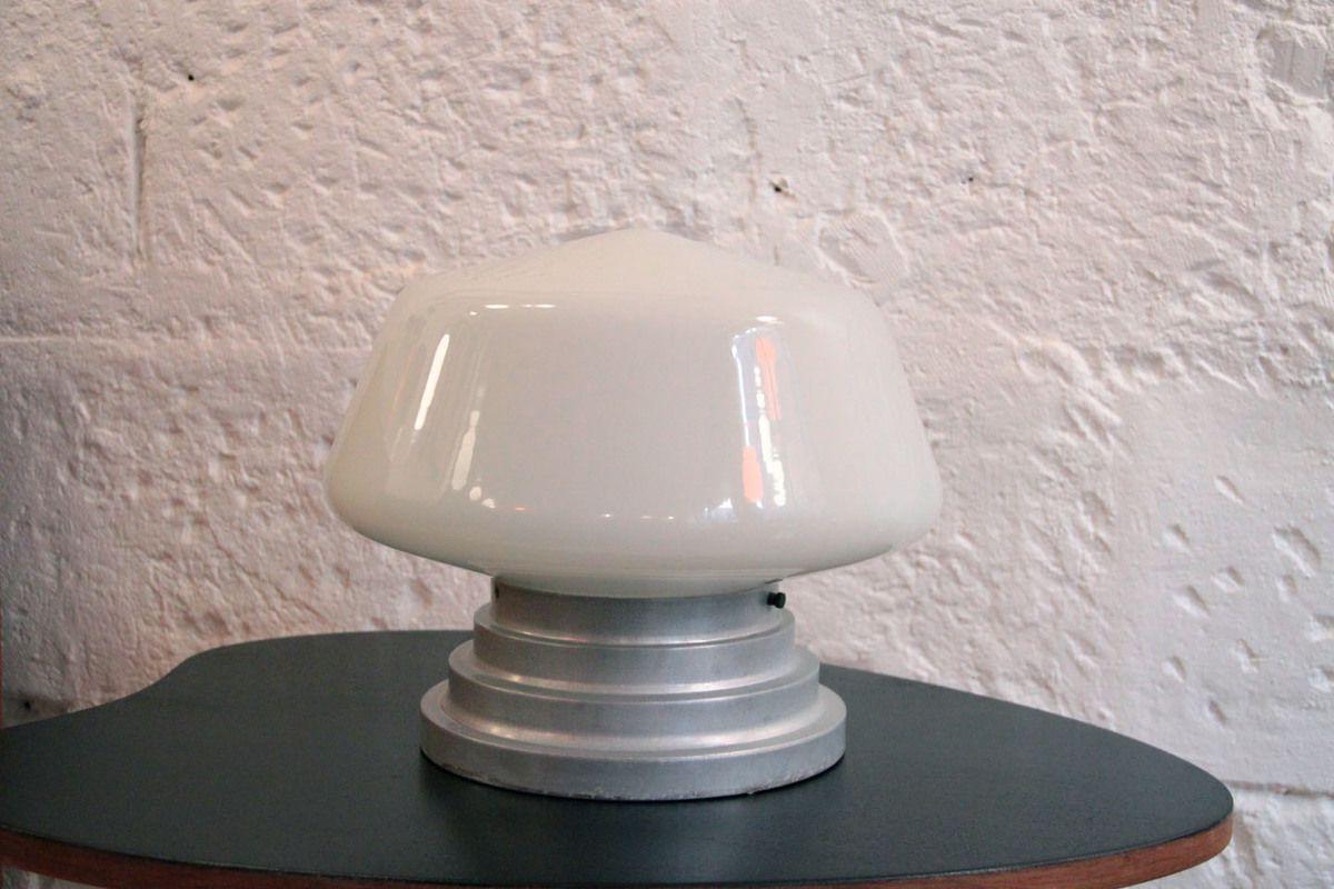 Ancienne très grosse lampe applique plafonnier globe vintage en verre opaline blanche diamètre