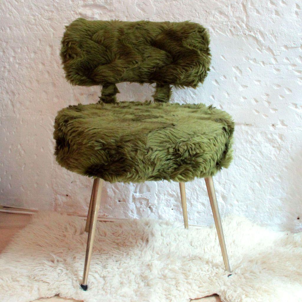 Chaise en moumoute vintage verte, poils synthétiques (vendue)
