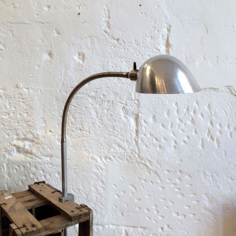 Lampe articulée industrielle d'atelier en aluminium avec pince étau