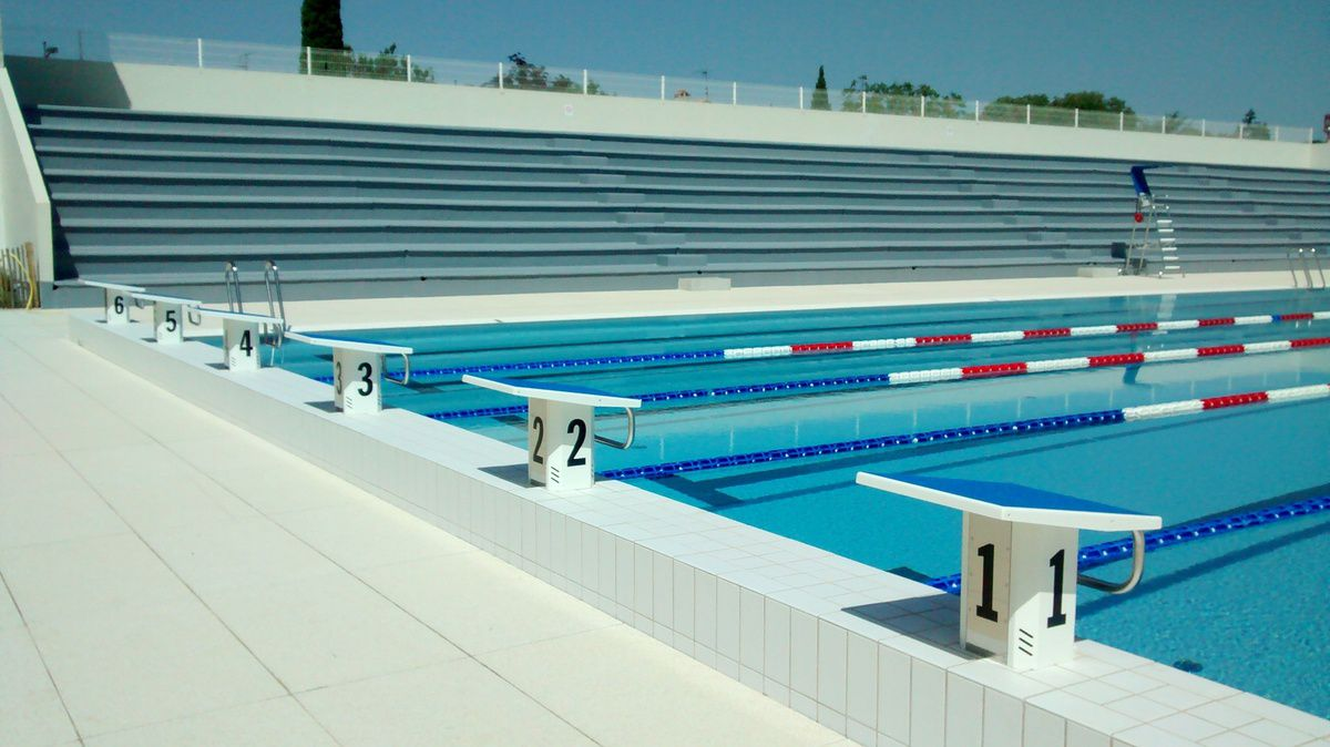 En juin on a var way of life for Piscine 50 metres