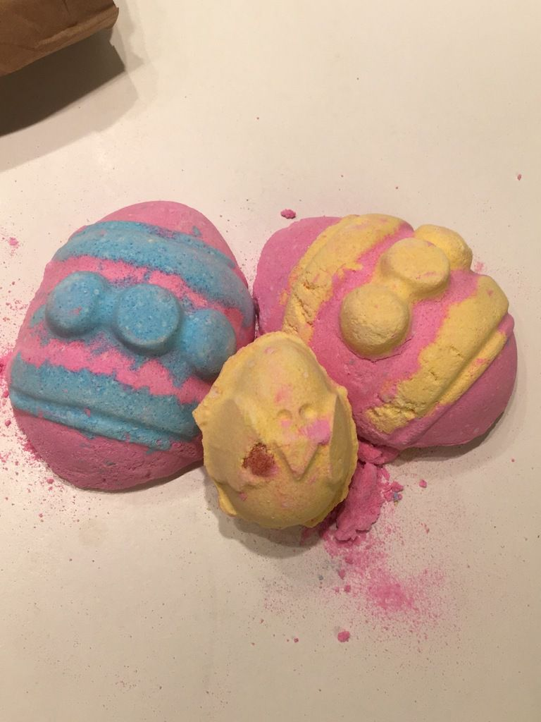 Bombe de bain Lush &quot&#x3B;Which Came First ?&quot&#x3B;