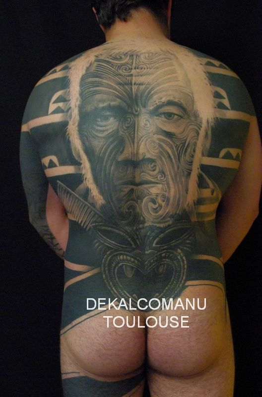 tatouage maori visage. Black Bedroom Furniture Sets. Home Design Ideas