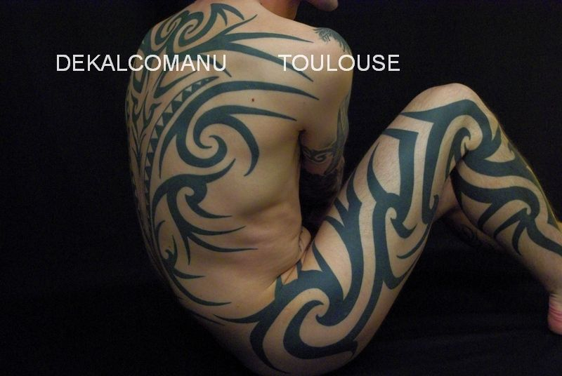 TRIBAL Classique, free hand.