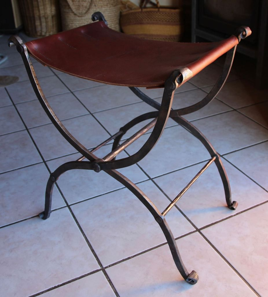 Chaise Charlemagne