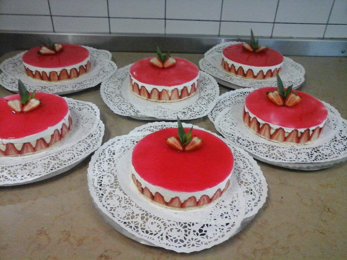 Miroir aux fraises ecole h teli re du net for Miroir aux fraises
