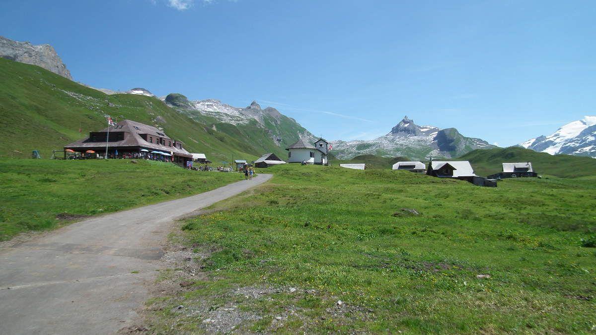 Le hameau de Tannalp et le Graustock (2662m)