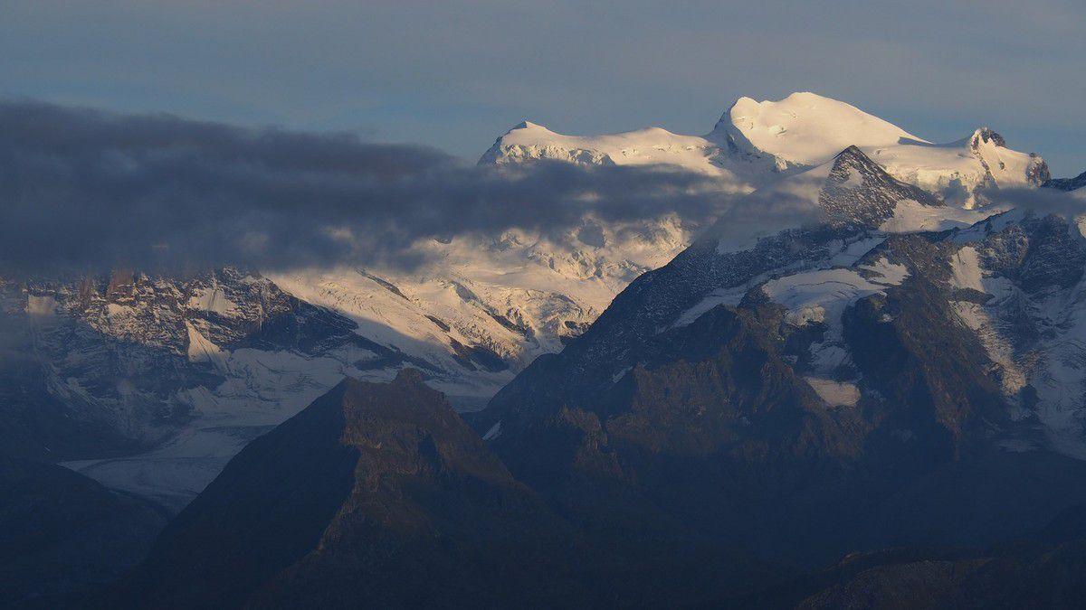 Le massif des Combins, Le Grand Combin (4314m)