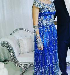 Très belles Blouza de couleur bleue