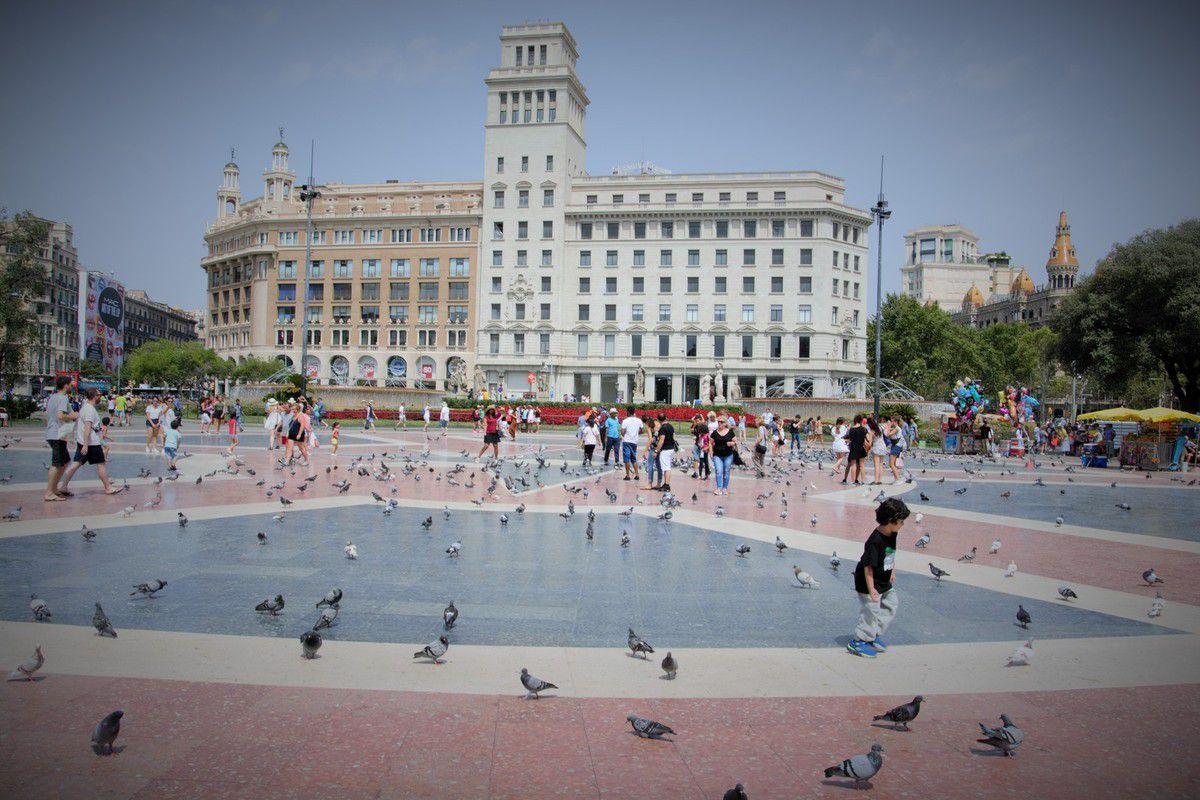 La place de Catalogne.