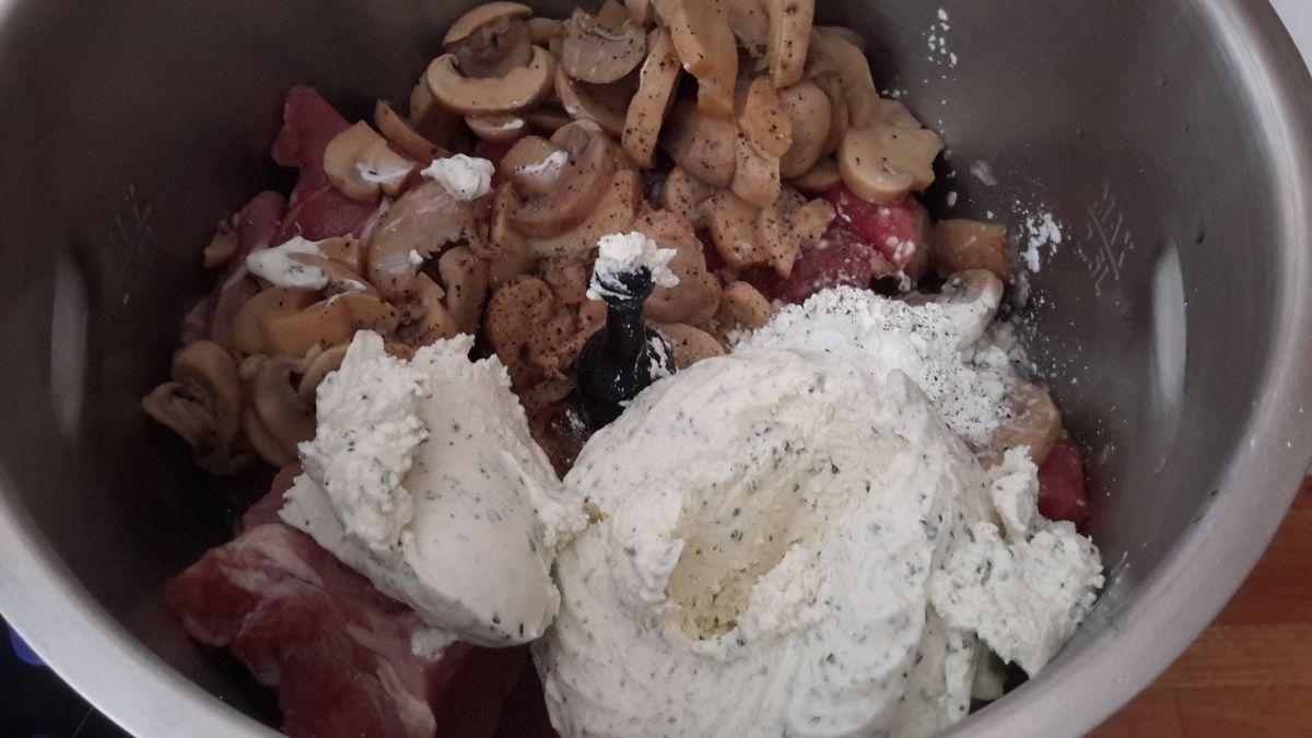 Filet mignon au fromage ail et fines herbes