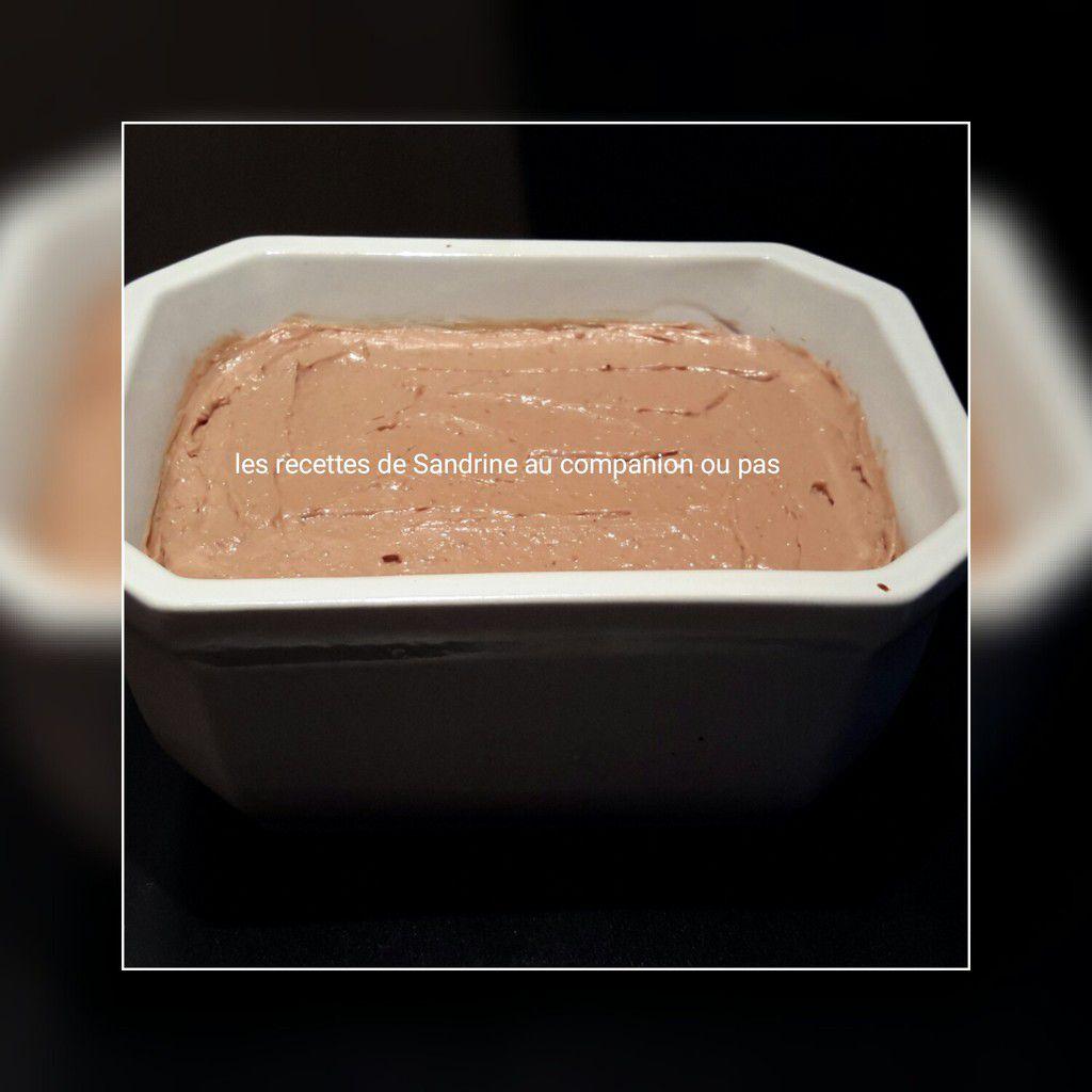 terrine de pâté de foies de volailles à l ail maison au companion