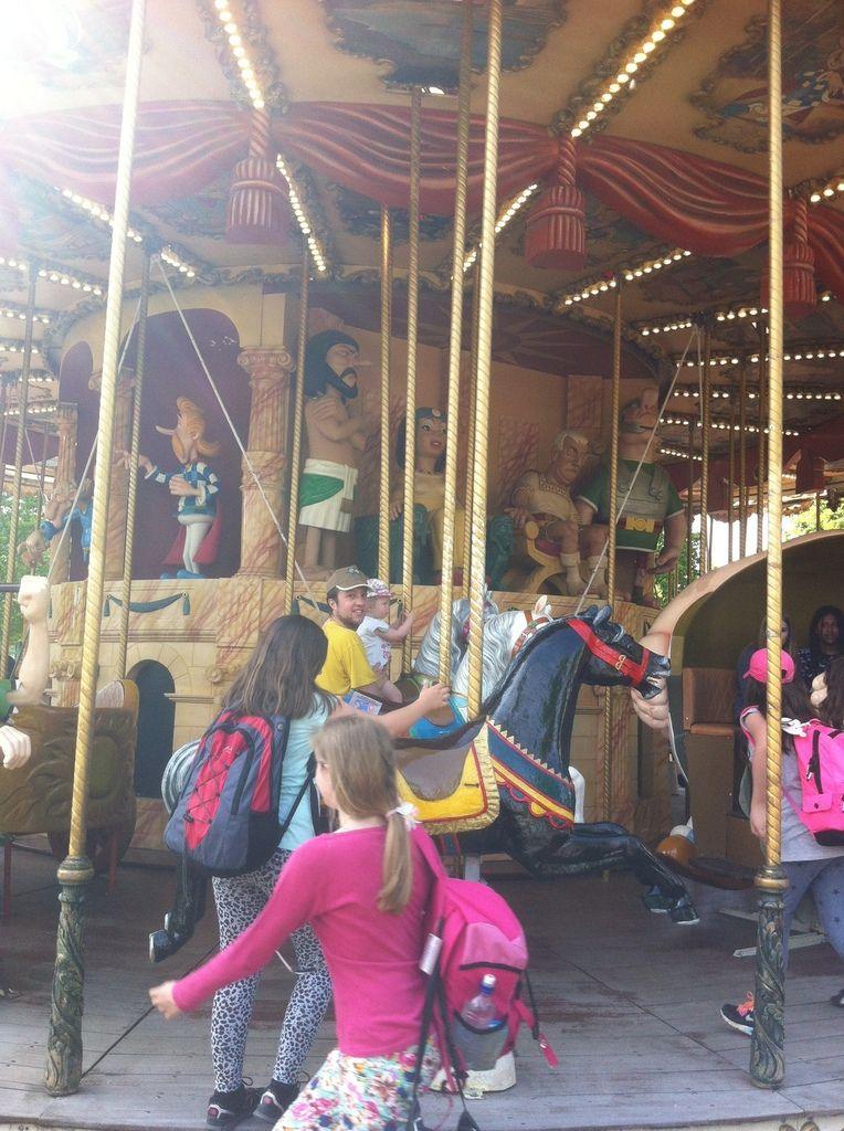 Parc Asterix Vs Tira's Family