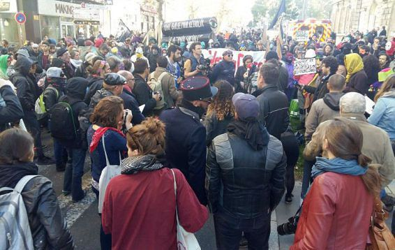 """Manifestation """"Désarmons la police"""", 22 octobre 2016 à Saint Etienne"""