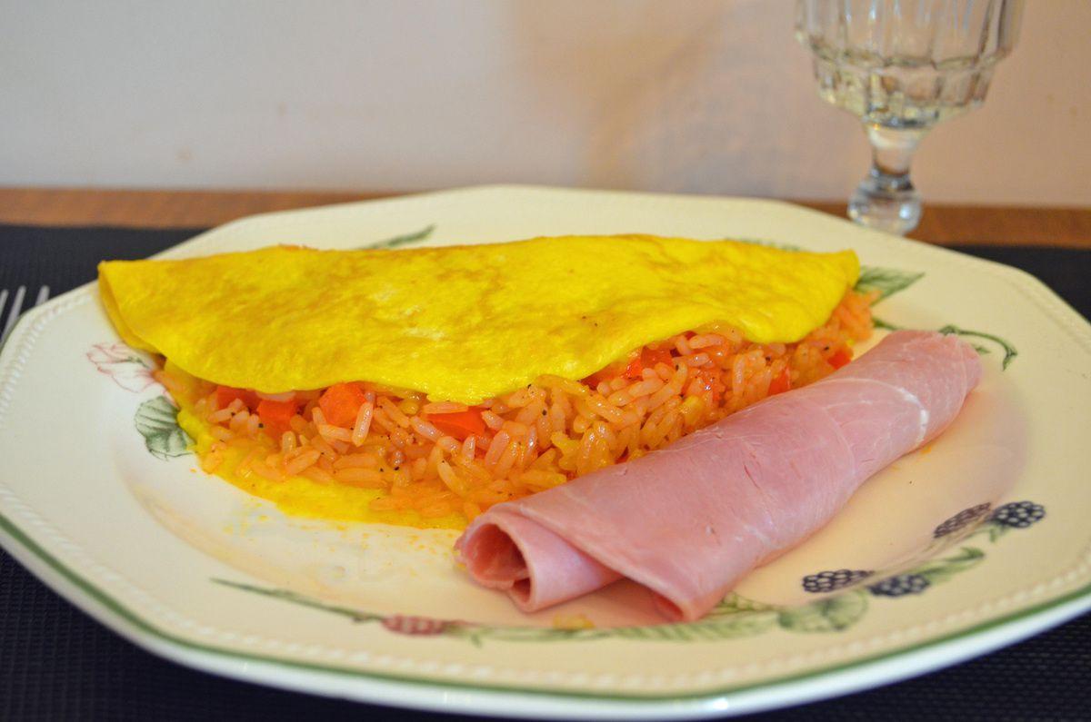 Omuraisu (omelette au riz japonaise)
