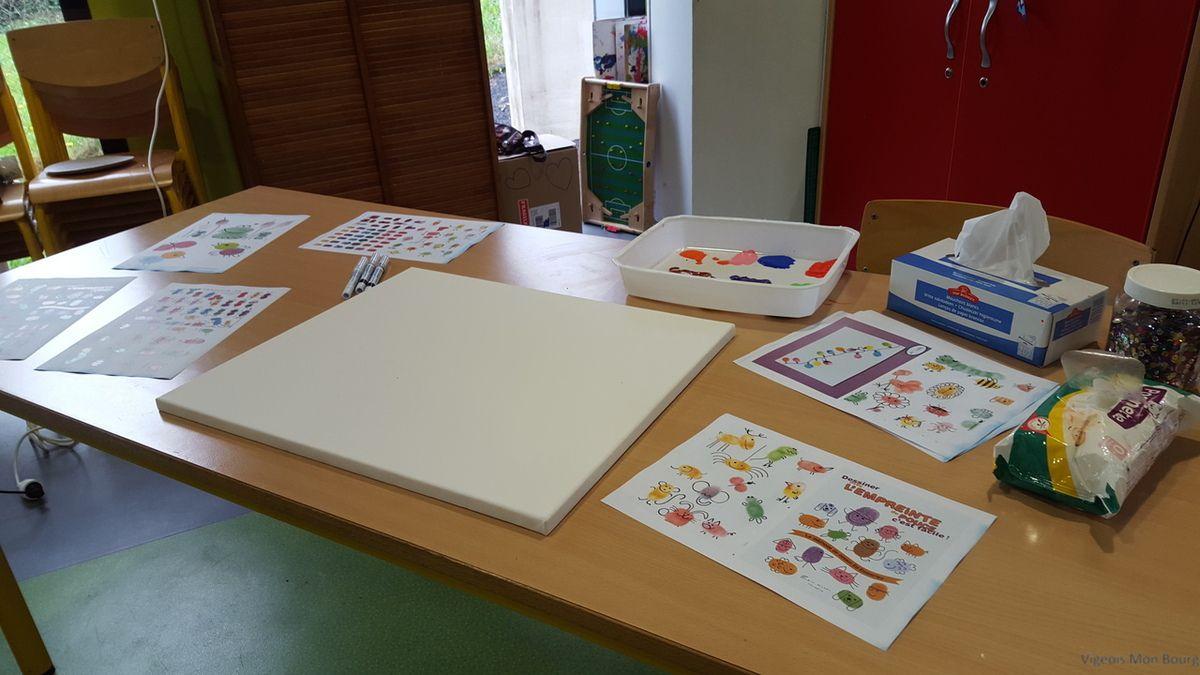 Les visiteurs ont également pu participer à la réalisation d'une oeuvre collective.