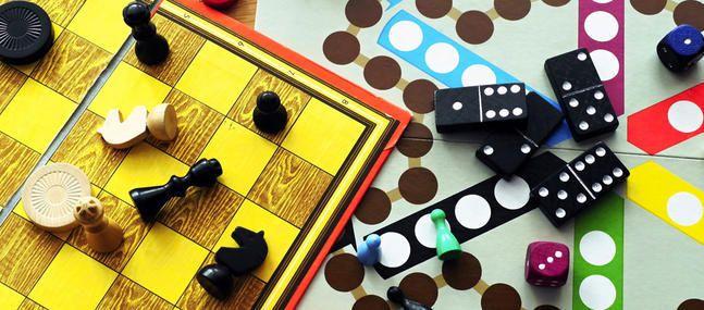 Jeudi 19 Janvier 2017: Après midi belote, jeux de société et galette des rois