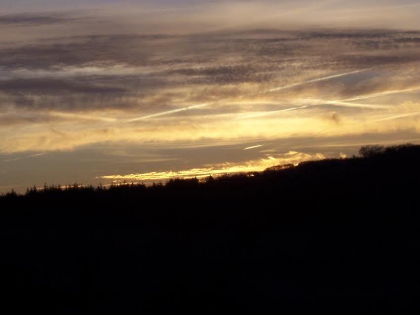 Quand le soleil se lève sur Vigeois.