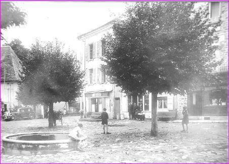 Place de Vigeois avant 1939.