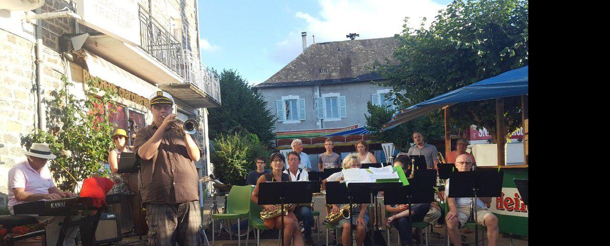 &quot&#x3B;Calamity Jazz&quot&#x3B; au café de la Place.