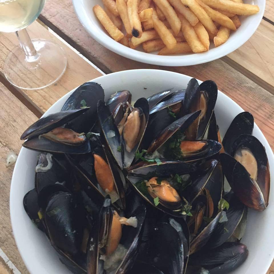 Vendredi soir: Soirée moules-frites au Restaurant du Lac de Pontcharal