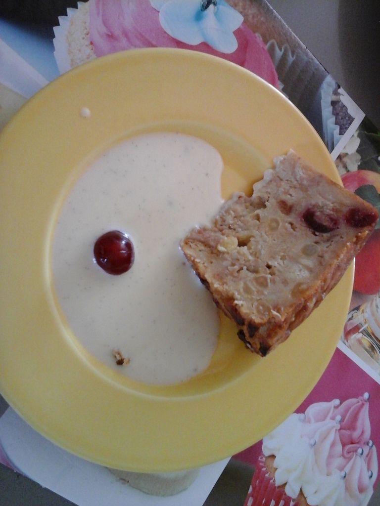 Pudding aux raisins secs et cerises confites ( Rediffusion)