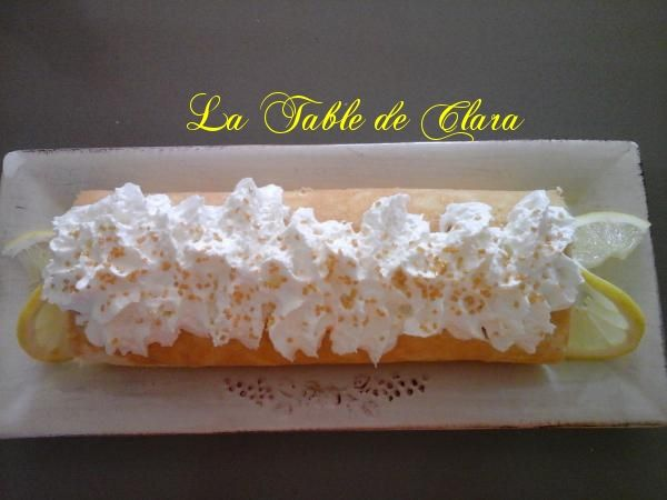 Biscuit roulé au lemon curd et sa chantilly