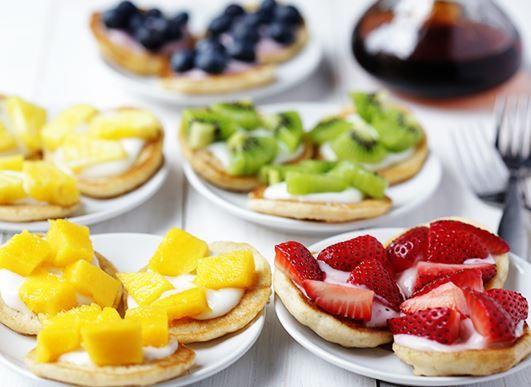Cách làm bánh pancake trái cây