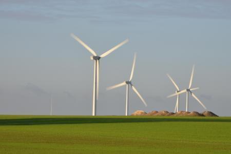 Le développement de l'éolien dans les campagnes (ici à Villers-le-Sec), choque le président de la chambre d'agriculture