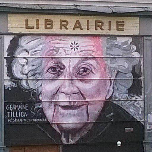 Découverte de Street Art à Belleville et visite du Cimetière du Père Lachaise