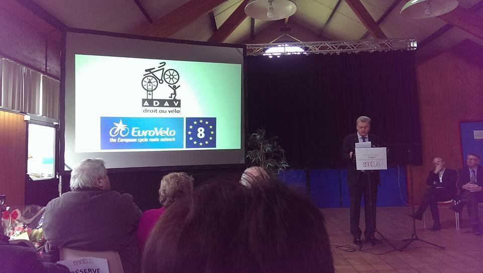 Lors du discours du Président Jean DURIEUX : l'ADAV et l'EuroVelo 3 [non c'est pas 8]