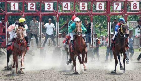 Pacuan Kuda Bantul : Kejuaraan Tahunan Bantu Perwisataan Bantul