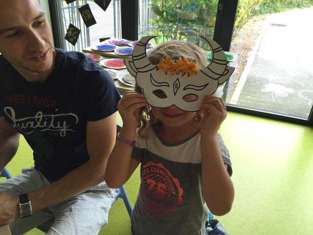 Venise ou Espagne les 4-5 ans créent leur masque
