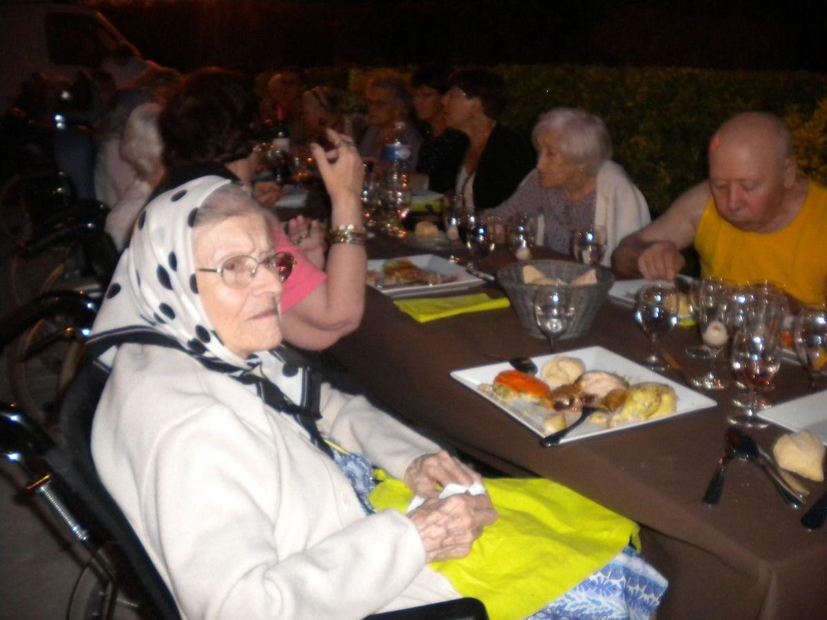 Repas des aînés au château de Marsillargues