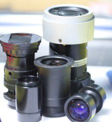 Locating the Right Optical Lens Manufacturers