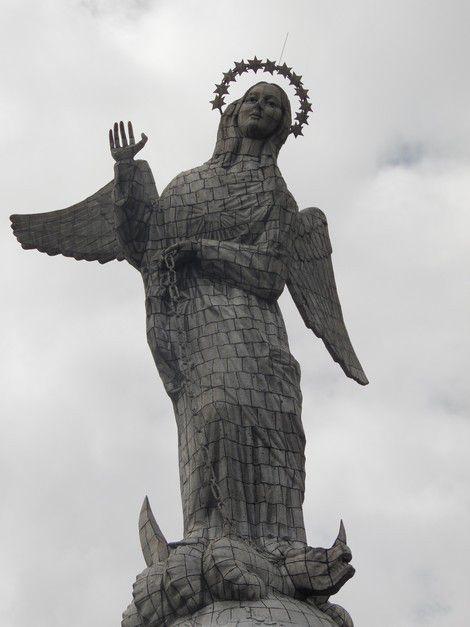 El Panecillo et sa Vierge de Quito