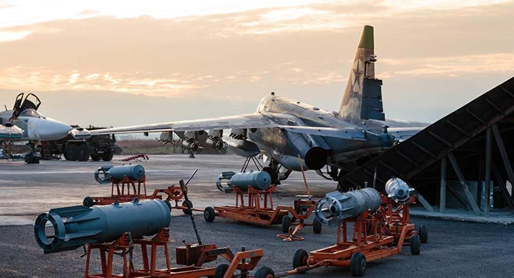 Un Su-25 russe sur base aérienne de Hmeimim près de Lattaquié.