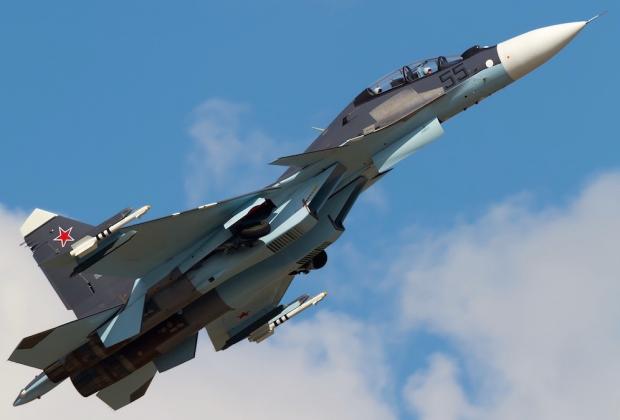 """Le chasseur multirôle Soukhoï Su-30 SM, version modernisée des """"Flanker"""" de la Guerre froide."""
