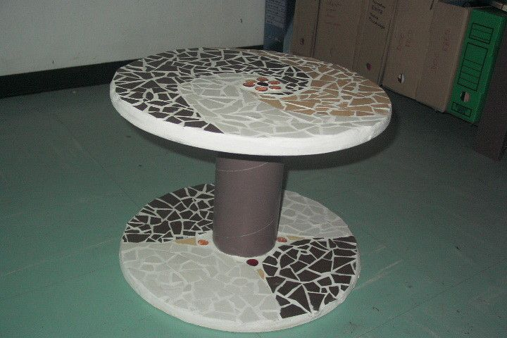 que faire avec un petit touret latest bobine chantier touret bois vintage table bar with que. Black Bedroom Furniture Sets. Home Design Ideas