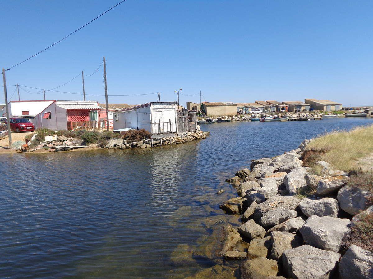 Gruissan Village de pêcheur étang de l'Ayrolle. Sitee touristique.