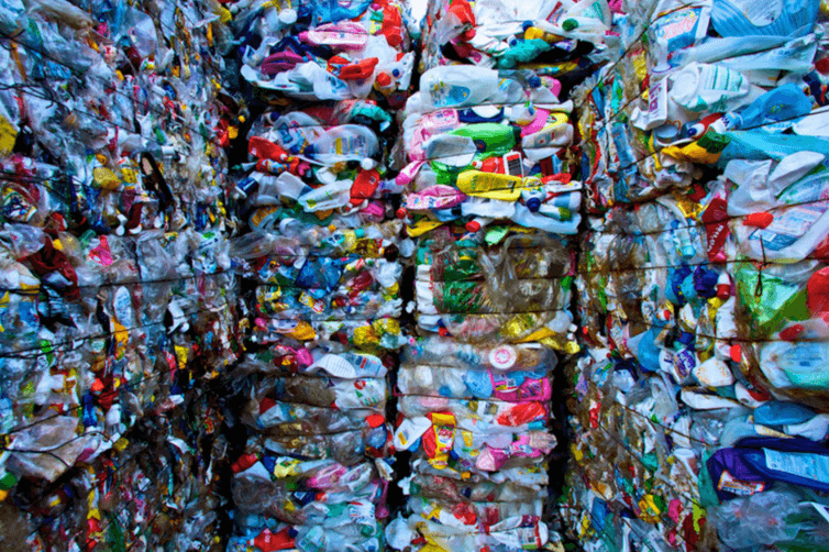Inépuisables plastiques. mbeo/Flickr, CC BY-NC-ND