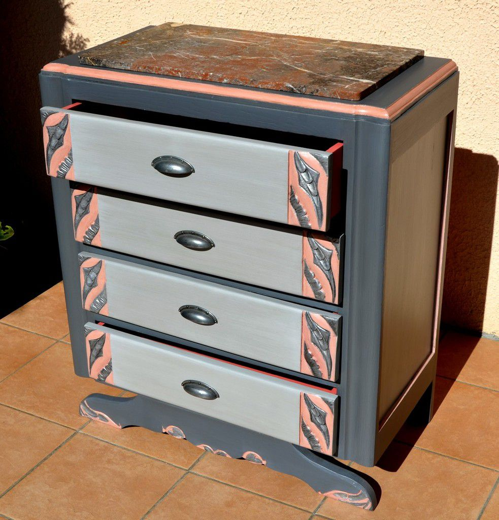 commode art deco relook e la caresse du bois. Black Bedroom Furniture Sets. Home Design Ideas