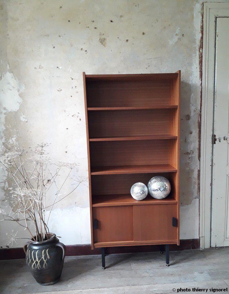 biblioth que 1960 grange de lune. Black Bedroom Furniture Sets. Home Design Ideas