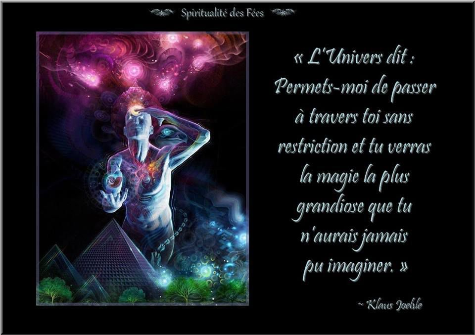 1. L'univers est une agglomération infinie de champs d'énergie, qui ressemblent à des fils de lumière.